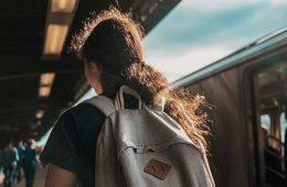Prepárate para tu próximo viaje: equipo de alta tecnología para viajar / Foto: Nik Shuliahin