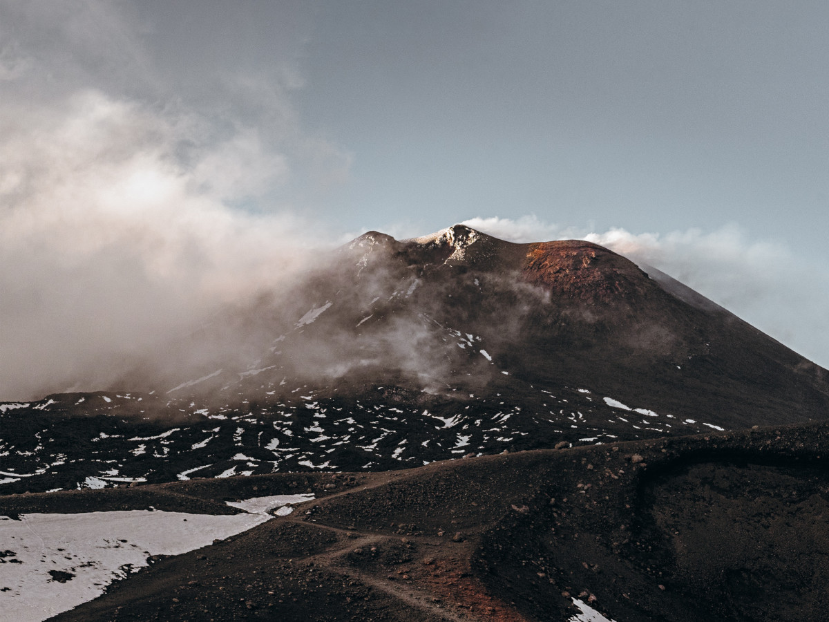 Monte Etna, Sicilia, Italia / Foto: Asa Rodger (unsplash)