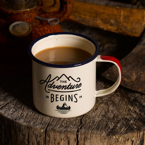 travesiapirenaica-regalos-mug-taza-metal-adventure-begins-gentlemans-hardware-enamel