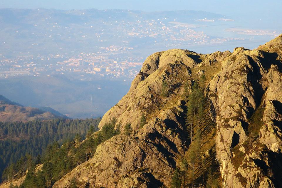 El espolón oeste del Muganix desde Erroilbide.