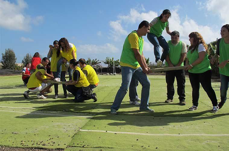Cómo puede el turismo de aventura ayudar a tu negocio: El Team Building / Foto: Ivanojedaq (Wikimedia Commons)