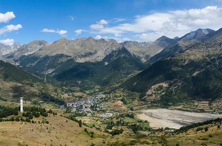 Vista de Sallent de Gállego desde el pico Pacino / Foto: Turol Jones (vía Wikimedia Commons)