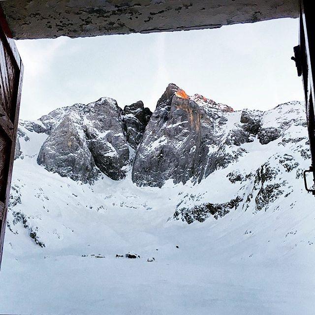 La pared... #Vignemale || by @danielzz1971 (Instagram) #travesiapirenaica #Pirineos #Pyrénées #Pyrenees