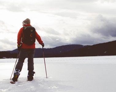 equipo-senderismo-trekking-1400x600