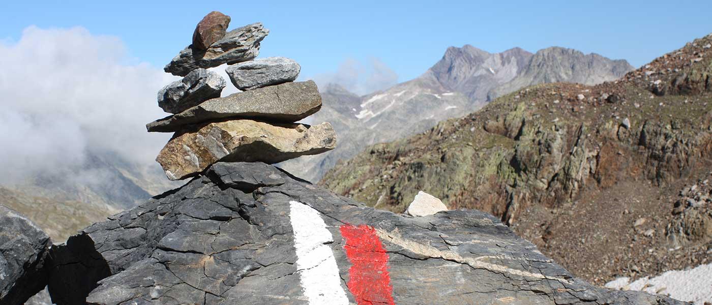 Senderismo en los Pirineos: aprende el significado de las señales