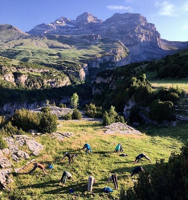Fotografía montaña Pirineos by @casacuadrau.yoga.art.nature