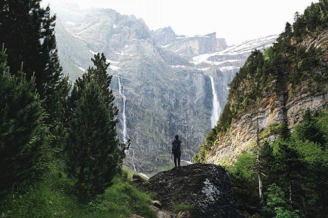 Fotografía montaña Pirineos by @leiregoitia_