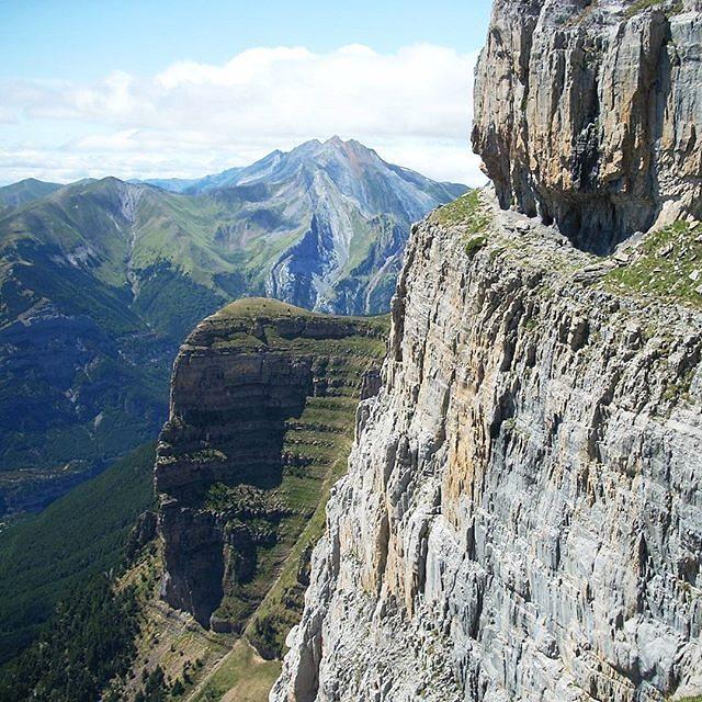Fotografía montaña Pirineos by @ramonsenderista