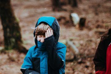 Equipo montaña para niños: lo necesario para disfrutar la montaña / Photo by Annie Spratt