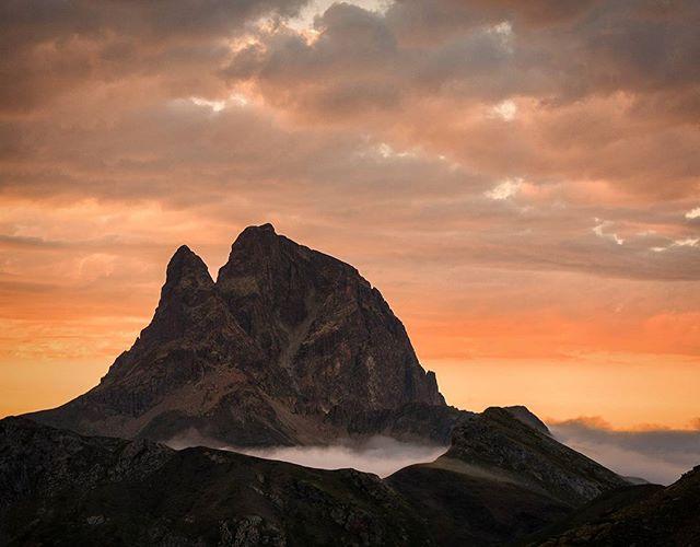 Fotografía montaña Pirineos by @miguelmoyatravelphotographer