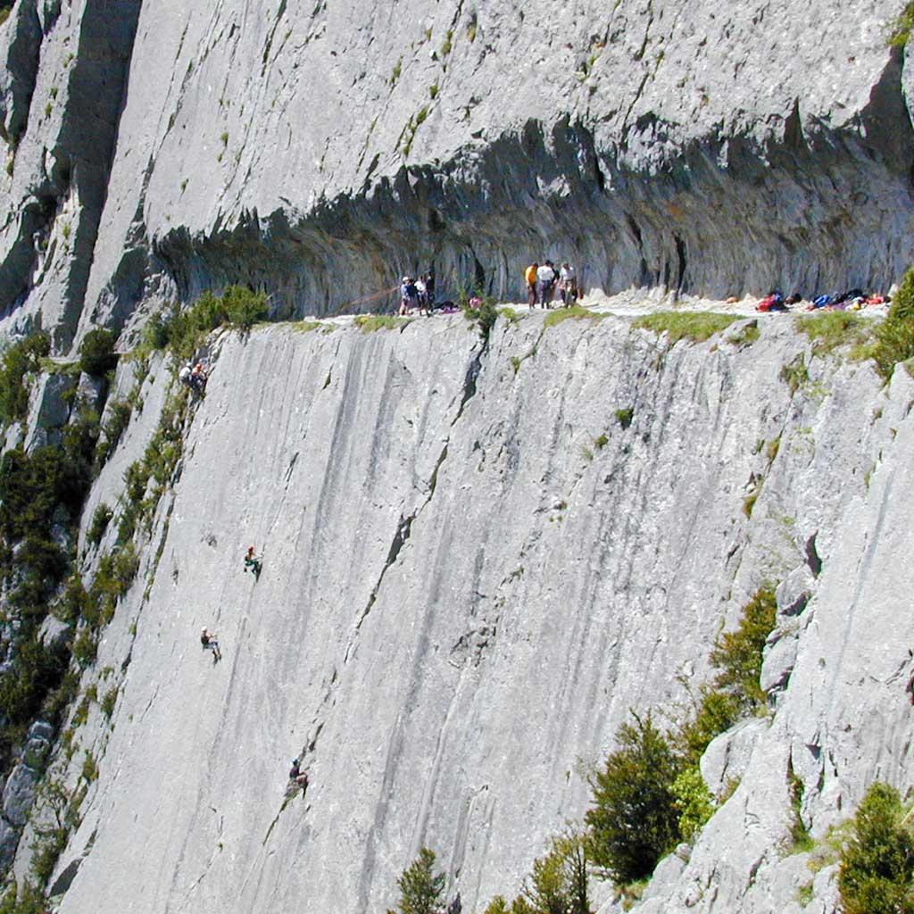 Chemin de la Mature: camino tallado sobre la roca para atravesar sin peligro los barrancos de Gorges de I'Ender / Foto (cc): Benoît Dandonneau (Flickr)