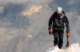 Cómo vestirse para la montaña: sistema de las 3 capas