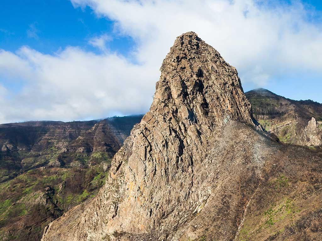 Foto (cc): Diego Delso (wikimedia commons) / Roque Agando Parque Nacional de Garajonay,_La_Gomera,_España,_4x3_web