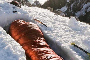 La foto viral de un vivac en la cima de Monte Perdido, Pirineos. / Foto: @pvignaux