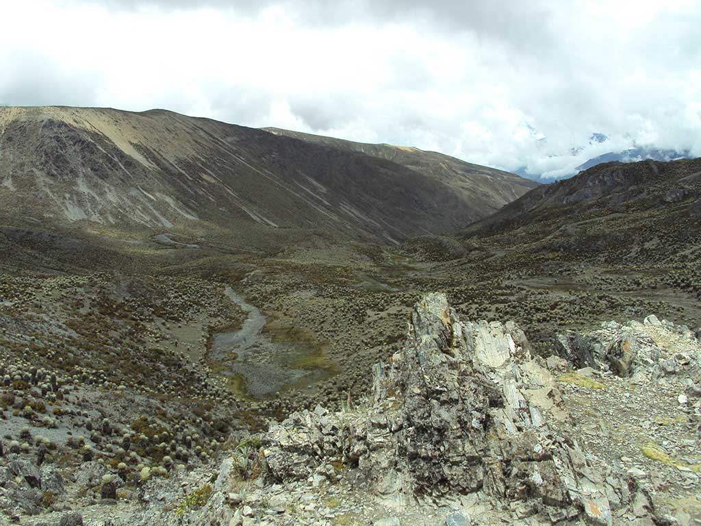 Foto (cc): LuisG67 (wikimedia commons) / Paisaje del Parque Nacional Sierra Nevada