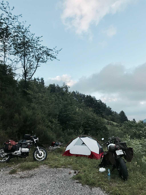 Viaje a través de los Pirineos en moto / Foto: North Wheels Club