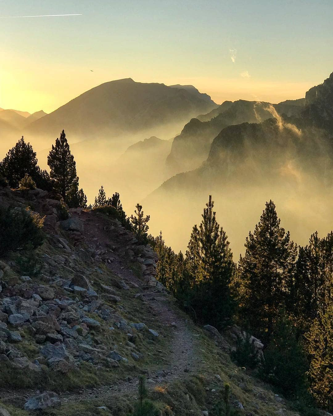 Fotografía montaña Pirineos by @fionamcleanphoto