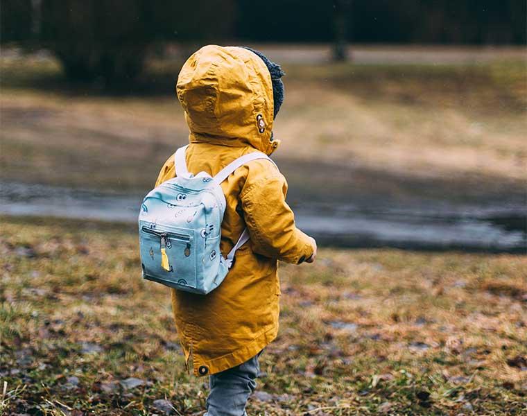 Senderismo con niños pequeños / Foto: Daiga EllabySenderismo con niños pequeños / Foto: Daiga Ellaby