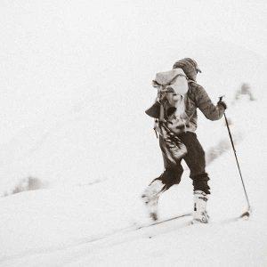 Material esquí y raquetas
