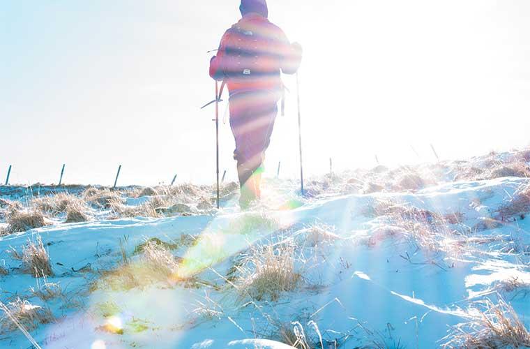 Cómo elegir los mejores bastones de trekking / Foto: Andrea Gugliada