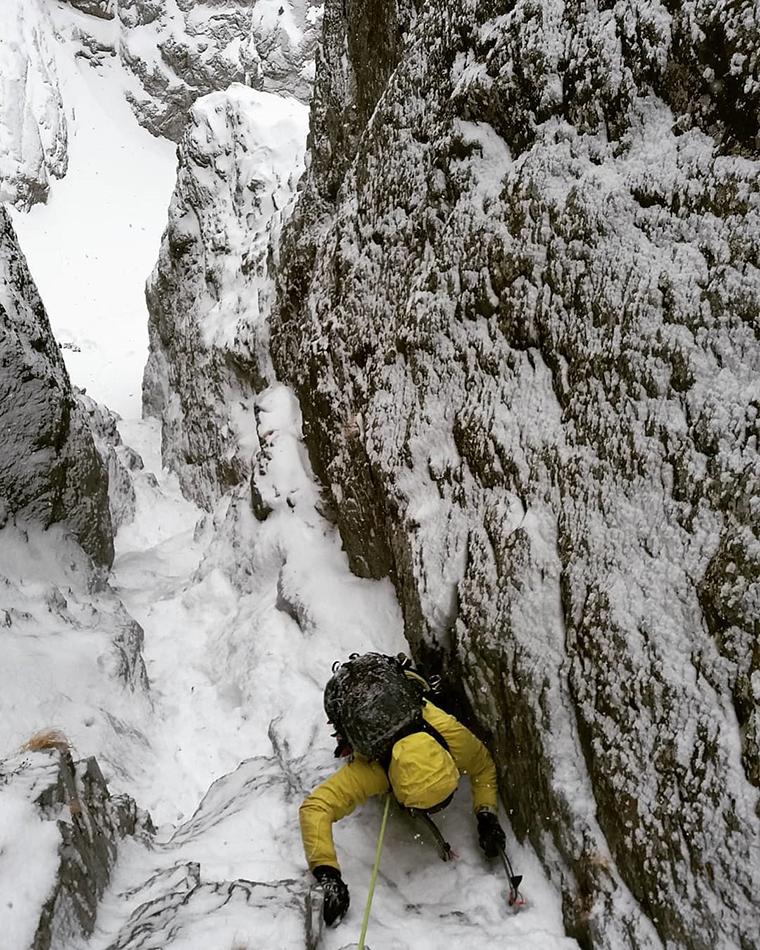 Fotografía montaña Pirineos by @isantxezzugarrondo