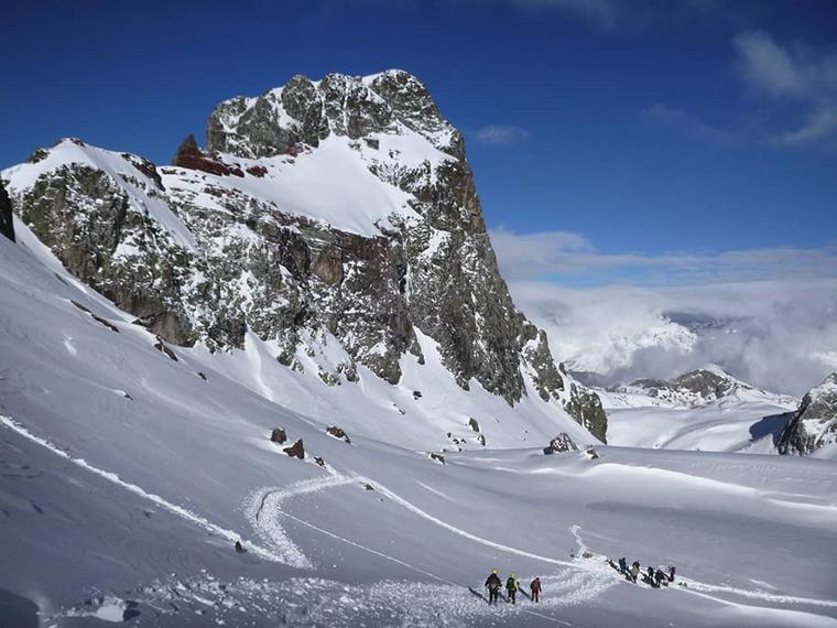 Fotografía montaña Pirineos by @jorgechu848