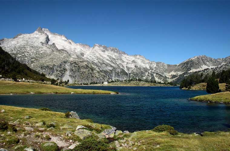 Lac d'Aumar y Pic du Néouvielle / Foto: Jorge Franganillo (vía Wikimedia Commons)