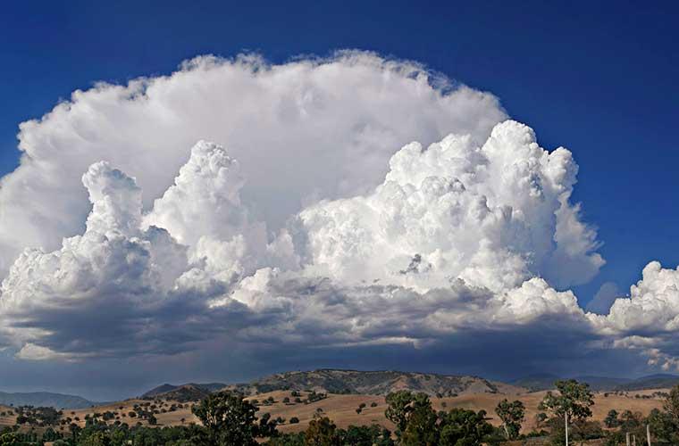 Cumulonimbus / Foto: fir0002 (Wikimedia Commons)