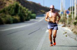 Qué equipo necesito para salir a correr / Foto: Maarten Van Den Heuvel