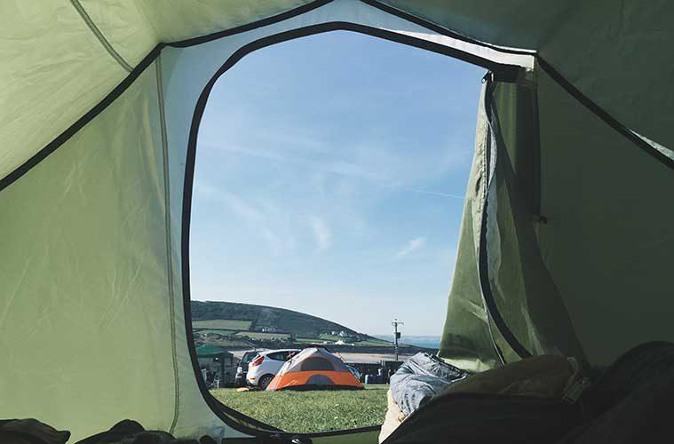 El checklist de equipo básico para hacer camping / Foto: Rob Bye