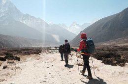 Dónde puedes comprar tu equipo y artículos de senderismo / Foto: Ted Bryan Yu