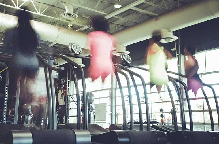 Ejercicios para mejorar la capacidad pulmonar / Foto: Justyn Warner