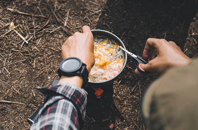 Qué comida llevar a una excursión a la montaña / Foto: Wild Vibez
