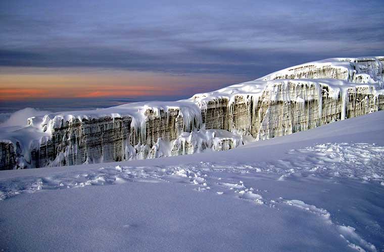 Glaciar sur del Kilimanjaro a 5.800m / Foto: Chris 73 (Wikimedia Commons)