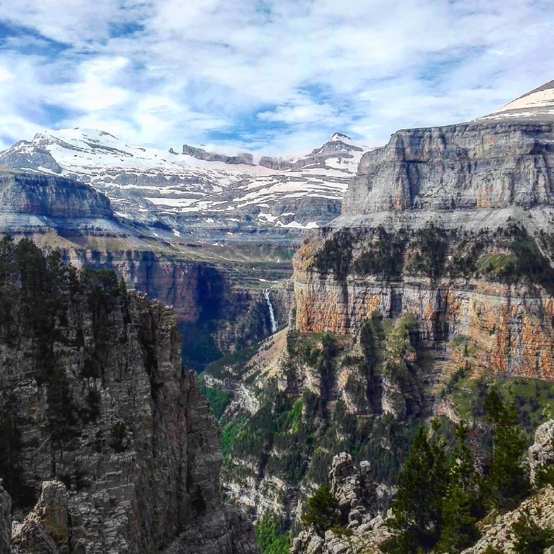 Fotografía montaña Pirineos by @miradoresdeordesa