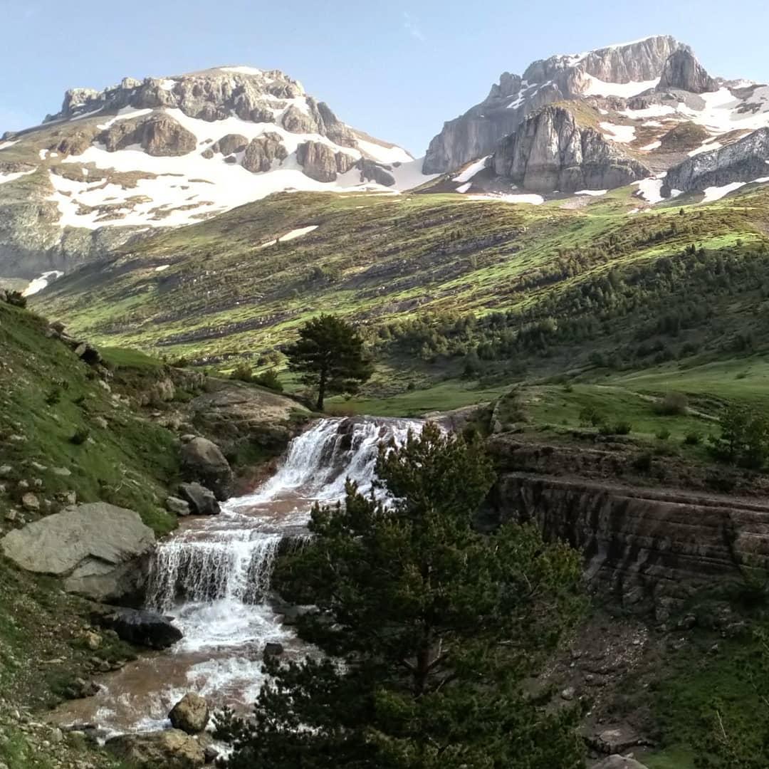 Fotografía montaña Pirineos by @angelcal5