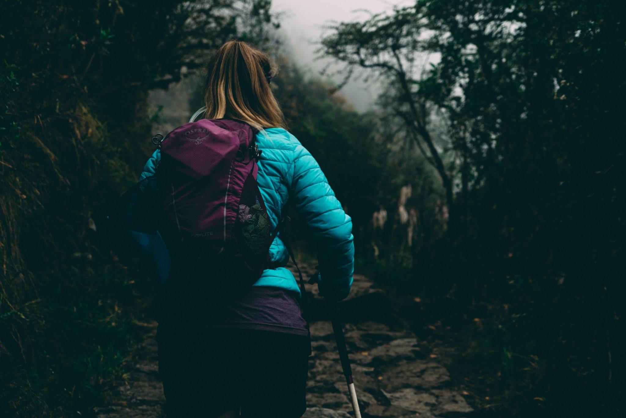 Ropa de montaña. Pantalones / Foto: Kal Loftus
