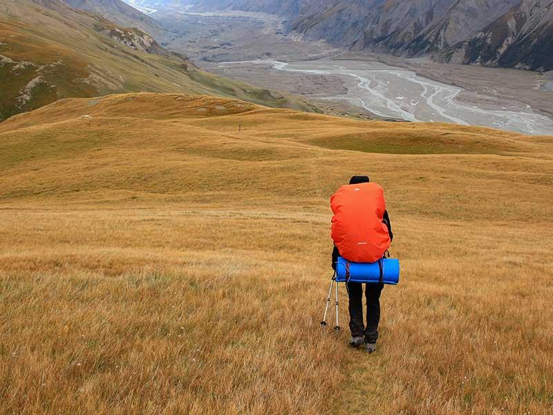 Proteger la mochila de la lluvia. / Foto: Frantisek Duris