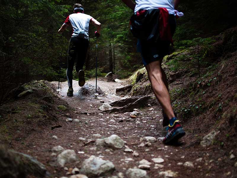 Las mejores zapatillas para correr-por-montaña / Foto: David Marcu