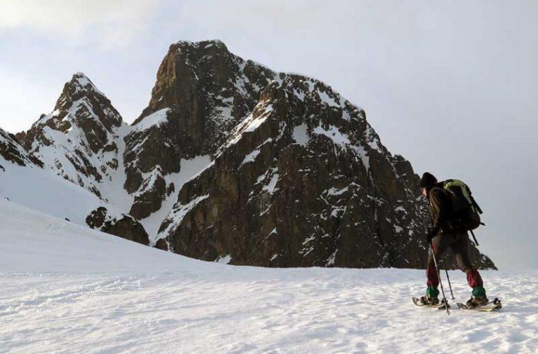Rutas de raquetas en los Pirineos. Hacia el Refugio de Pombi