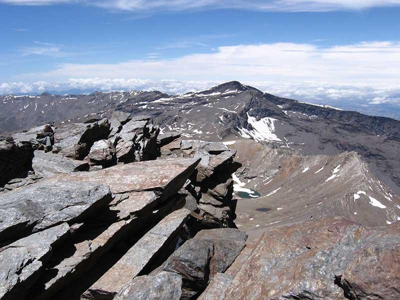 Veleta desde la cima del Mulhacen / Foto: Carlos Serra (CC-BY-SA-3.0)