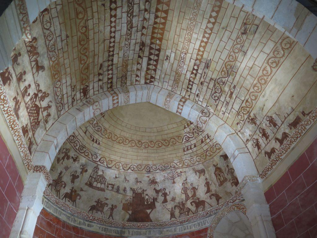 Pinturas medievales en la Iglesia de Alaitza, Alava. Foto: Eduardo Azcona